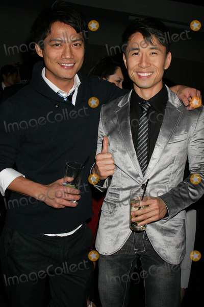 Archie Kao Photo - the Cape Royale Fundraiser Hosted by the Coalition of Asian Pacifics in Entertainment Social Hollywood Hollywood California 12-10-2009 James Kyson Lee and Archie Kao Photo Clinton H Wallace-ipol-Globe Photos Inc