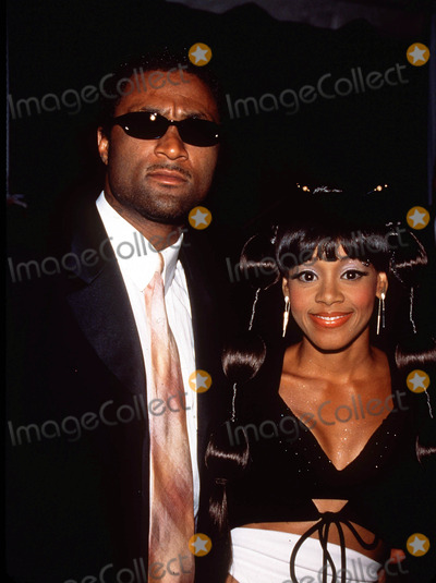 Andre Rison Photo -  Post Grammy Party at Dorothy Chandler Pavilion in Los Angeles 022300 Andre Rison with Lisa Left Eye Lopes Photo by Tom RodriguezGlobe Photos Inc