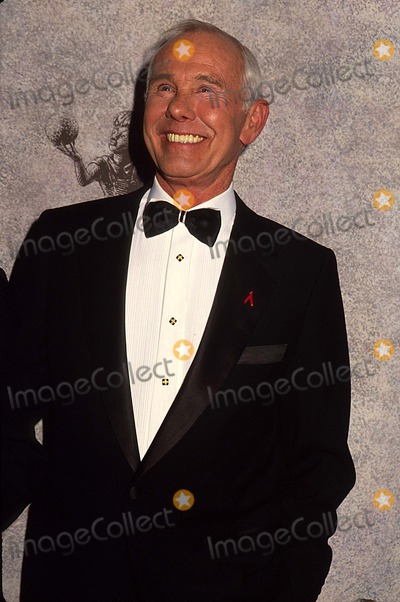 Johnny Carson Photo - Johnny Carson 12-1992 16522 Photo by Phil Roach-ipol-Globe Photos Inc