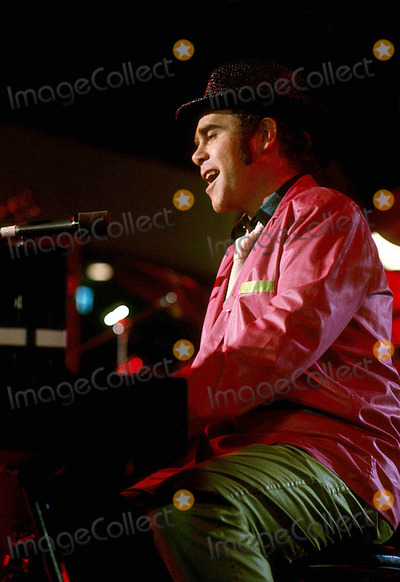 Elton John Photo - Elton John 1979 11170 Photo by Jim Selby-ipol-Globe Photos Inc