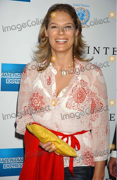 Serena Altschul Photo - the Opening Night of the Tribeca Film Festival with the Premiere of the Interpreter Ziegfeld Theatre New York City 04-19-2005 Photo Ken Babolcsay-ipol-Globe Photos Inc 2005 Serena Altschul