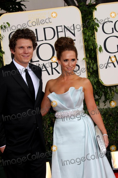 Alex Beh Photo - Actors Jennifer Love Hewitt and Alex Beh arrive at the 68th Golden Globe Awards presented by the Hollywood Foreign Press Association at Hotel Beverly Hilton in Beverly Hills Los Angeles USA on 16 January 2011 Photo Alec Michael-Globe Photos Inc 2011K67385AM