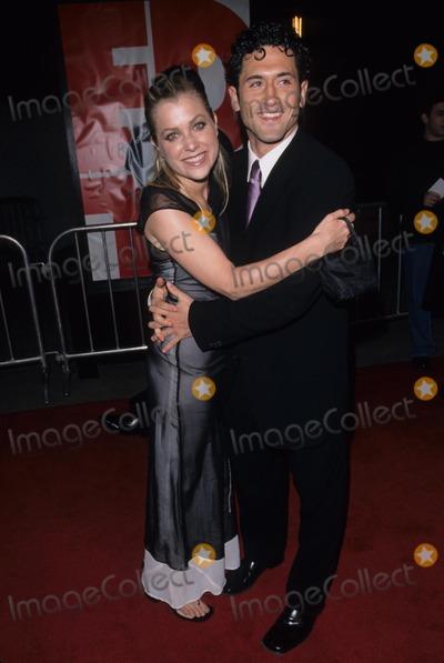 David ODonnell Photo - Jennifer Aspen David Odonnell Edtv Premiere in Los Angeles  Universal City Walk 1999 Photo by Fitzroy Barrett-Globe Photos Inc