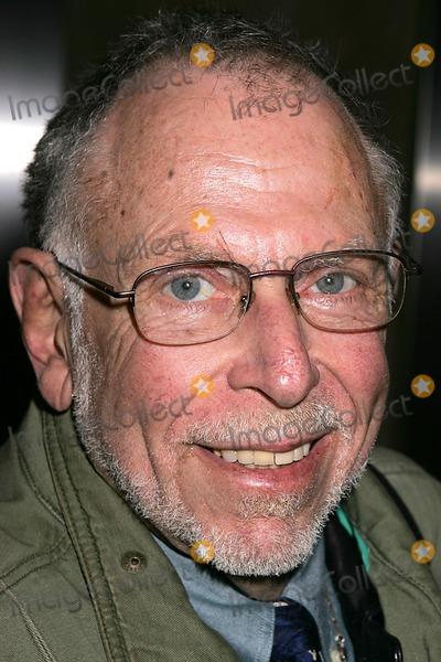 Al Goldstein Photo - AL Goldstein Departing the Howard Stern Show New York City 12-13-2004 Photo Rick Mackler-rangefinders-Globe Photos Inc 2004 AL Goldstein