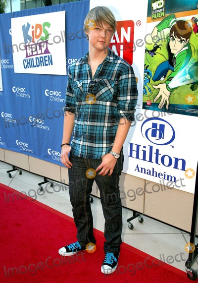 Austin Anderson Photo - Austin Anderson Kids Help Children Charity Event For Childrens Hospital Orange County Held at Anaheim Hilton Hotel Los Angeles CA 11-14-2010 Phototleopold-Globephotos Inc 2010