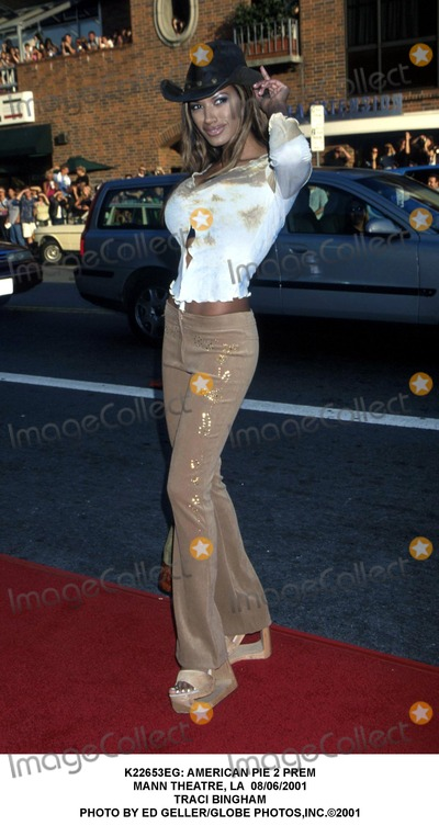 Traci Bingham Photo -  American Pie 2 Prem Mann Theatre LA 08062001 Traci Bingham Photo by Ed GellerGlobe Photosinc