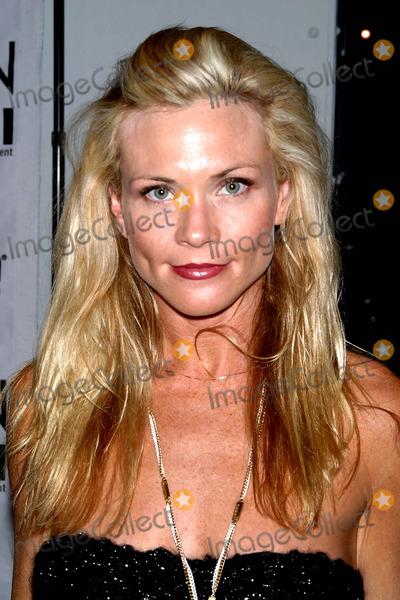 Amy Locane Photo - Gen Art Fashion Week Moca Geffen Contemporary Museum CA 03-14-05 Photo by Milan RybaGlobe Photos Inc 2005 Amy Locane