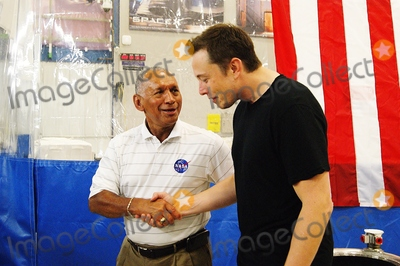 ELON MUSK Photo - Press Conference at Space Xs Test Facility Celebrating the Safe Return of the Dragon Space Capsule in Mcgregortexas on 06132012l)nasa Administrator Charles Boldenr) Space X Ceo and Paypal Founderelon Musk Photo by Jeff J Newman-Globe Photos Inc