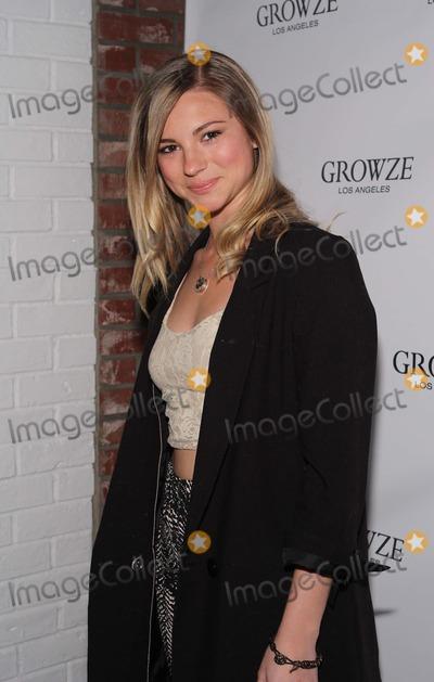 Allie Gonino Photo - Allie Gonino Growze-la Boutique Opening Launch Party Held at Larchmont Village Boutique  Los Angelesca March 20 - 2012photo TleopoldGlobephotos