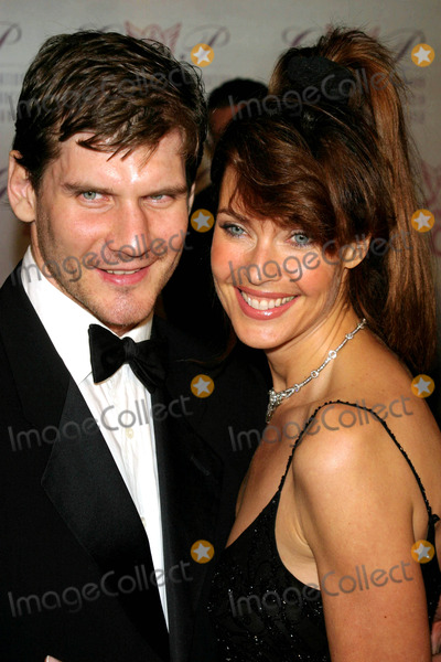 Alexei Yashin Photo - the G  P Foundation For Cancer Research Salutes the World Entertainment and Media at the Angel Ball at the Marriott Marquis  New York City 10272003 Photo by John Barrett  Globe Photosinc Carol Alt_alexei Yashin