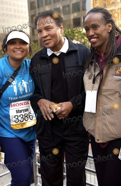 Jackie Joyner-Kersee Photo - The City of Los Angeles Marathon 20th Anniversary March 6 2005 in Los Angeles Runner May May Ali Mohammad Ali  Jackie Joyner Kersee Photo by Valerie Goodloe-Globe Photos Inc 2005