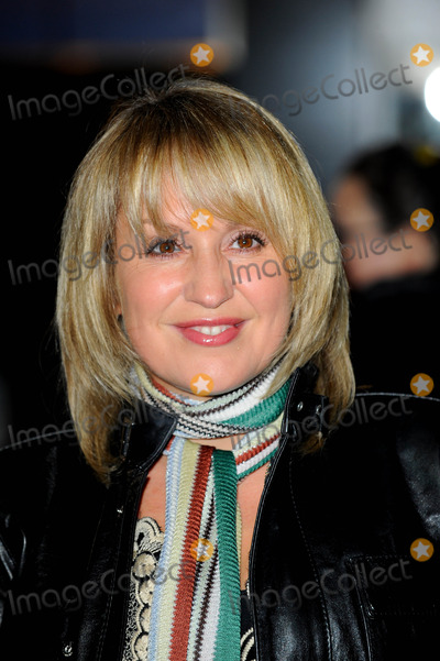 Nicki Chapman Photo - Nicki Chapman Tv Presenter  Avatar Premiere at Odeon Leicester Square in London England 12-10-2009 Photo by Neil Tingle-allstar-Globe Photos Inc