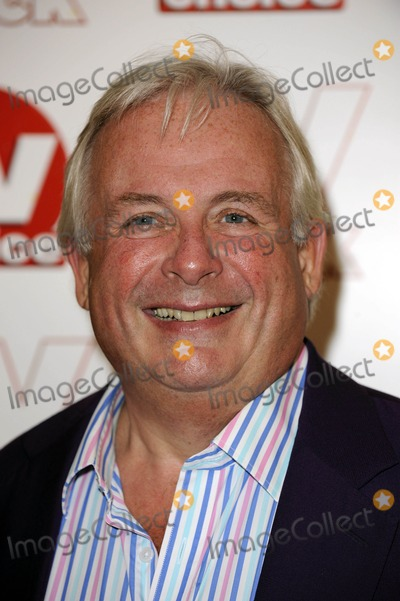 Christopher Biggins Photo - Christopher Biggins Actor 2009 Tv Quick and Tv Choice Awards at Dorchester Hotel in Park Lane  London  England 09-07-2009 Photo by Neil Tingle-allstar-Globe Photos Inc