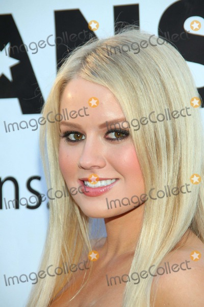 Anna Berglund Photo - Anna berglundthe Thalians 55th Anniversary Gala  Held at  the Playboy mansionsbeverly hillsca Apriil 30 - 2011 photo tleopoldglobephotos