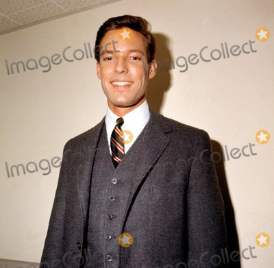 Richard Chamberlain Photo - Richard Chamberlain Supplied by Globe Photos Inc Richardchamberlainretro