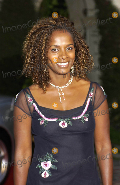 Vanessa Bell Calloway Photo - 6th Annual Mercedes Benz Designcure at the Home of Sugar Ray Leonard in Pacific Palisades California 07102004 Photo by Valerie GoodloeGlobe Photos Inc 2004 Vanessa Bell Calloway