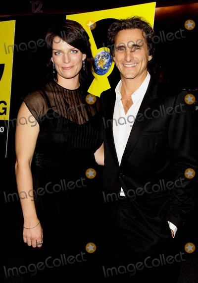 Lawrence Bender Photo - Lisa Remington Lawrence Bender Los Angeles Premiere of Countdown to Zero Held at the Landmark Theater Los Angelescalifornia 07-28-2010 Credit Tleopold-Globephotos Inc 2010