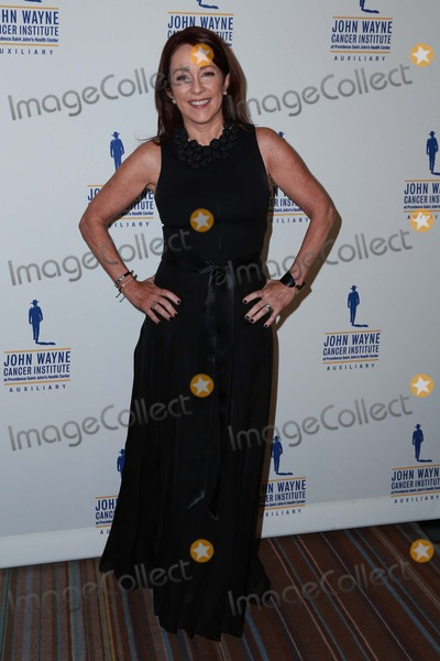 John Wayne Photo - Patricia Heaton attends 30th Annual John Wayne Odyssey Ball on April 11th 2015 at the Beverly Wilshire Hotel in Beverly Hills California UsaphotoleopoldGlobephotos