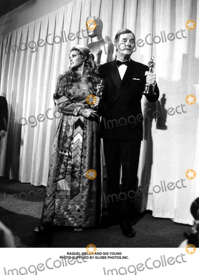 Gig Young Photo - Raquel Welch and Gig Young Photo Supplied by Globe Photosinc