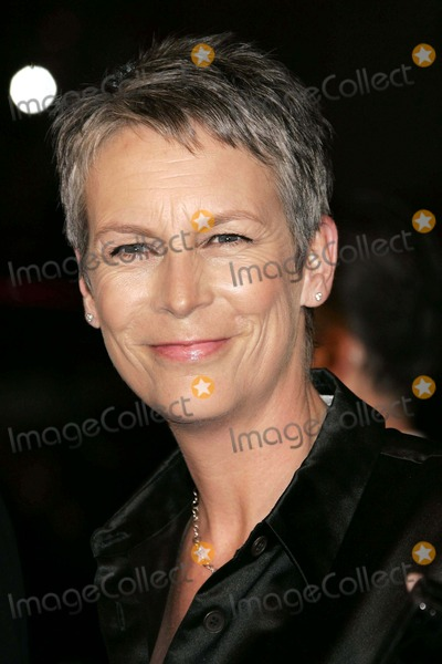 Jamie Lee Curtis Photo - Jamie Lee Curtis Premiere of  Music and Lyrics  Graumans Chinese Theatre Hollywood  CA 02-07-2007 Photo by Allstar-Globe Photos Drew Barrymore
