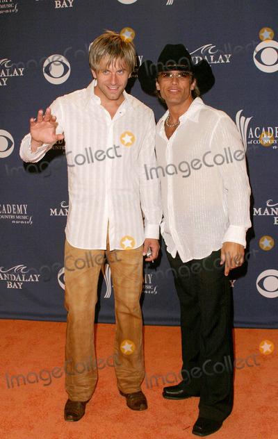 AARON BENWARD Photo - Aaron Benward and Scott Reeves (Blue County) - 39th Annual Academy of Country Music Awards - Mandalay Bay Resort  Casino Las Vegas NV - 05262004 - Photo by Nina PrommerGlobe Photos Inc2004