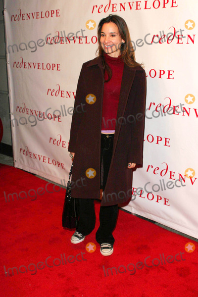 Alison Becker Photo - Red Envelope Celebrates the Holidays Early with the Ultimate Gift Giving Event at Hot Spot Marquee in New York City 11-6-2007 Alison Becker Photo by John B Zissel-ipol-Globe Photos Inc 2007