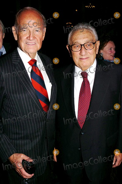 Arthur Schlesinger Jr Photo - Salute to Democracy Dinner Honoring the Birthdays of Arthur Schlesinger Jr and Kenneth Galbraith Plaza Hotel Fifth Ave New York City 10182004 Photo John Krondes  Globe Photos Inc 2004 George Mcgovern and Henry Kissinger