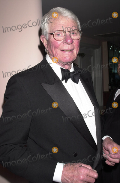 Peter Graves Photo - 12th Annual Night of 100 Stars Gala Hosted by Norby Walters at Beverly Hills Hotel Benifiting Martin Scorseses Film Preservation Foundation Beverly Hills Hotel Beverly Hills CA 03232003 Photo by John Krondes  Globe Photos Inc 2003 Peter Graves