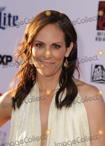 Annabeth Gish Photo - Annabeth Gish attending the Los Angeles Premiere of Fxs Sons of Anarchy Held at the Tcl Chinese Theatre in Hollywood California on September 6 2014 Photo by D Long- Globe Photos Inc