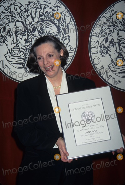 Dana Ivey Photo - Dana Ivey 1997 Tony Awards Nomination at Sardis in New York 1997 K8773jbb Photo by John Barrett-Globe Photos Inc