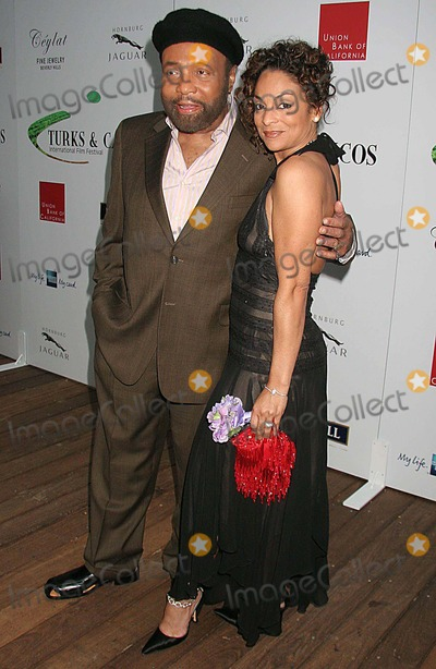 Andre Crouch Photo - Turk  Caicos Islands 2006 International Film Festival - Official Launch Party Skybar West Hollywood CA 06-07-2006 Photo Clinton H WallacephotomundoGlobe Photos Inc Andre Crouch and Jasmine Guy