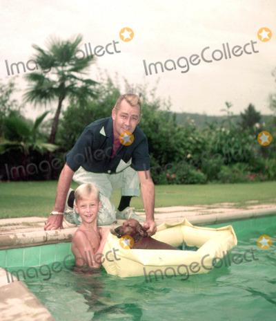 Alan Ladd Photo - Alan Laddson David Photo Larry Barbier JrGlobe Photos Inc