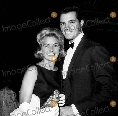 John Gavin Photo - John Gavin with His Wife Cindy Gavin at Song Premiere Photo by Globe Photos Inc