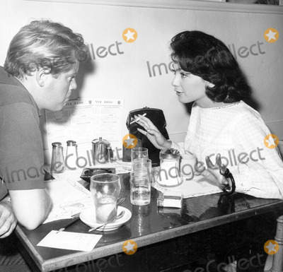 Troy Donahue Photo - Suzanne Pleshette Lunches with Troy Donahue Photo by Globe Photos