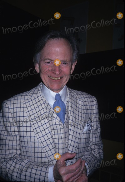 Tom Wolfe Photo - Tom Wolfe 1997 K8586rh Photo by Rose Hartman-Globe Photos Inc