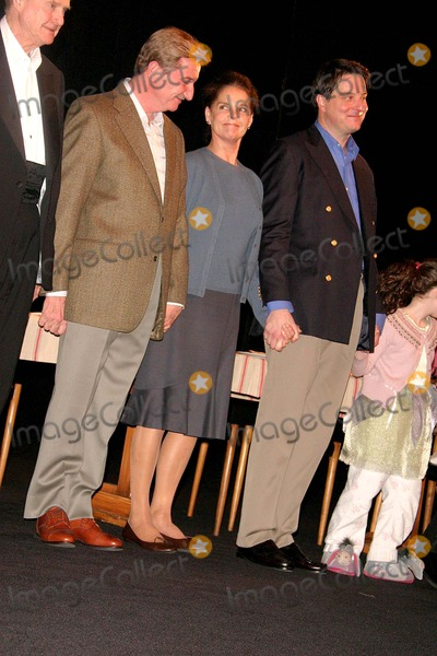 Ali Macgraw Photo - Opening Night on Broadway of Play Festen at the Music Box 239w45st Date 04-09-06 Photo by John Barrett-Globe Photos Inc Curtin Call- Larry Bryggman Ali Macgraw Michael Hayden