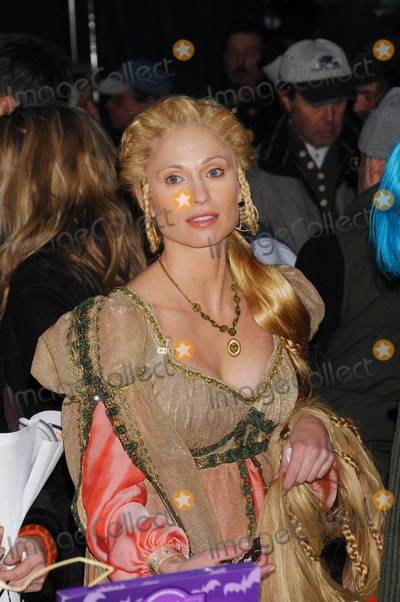 Amy Robach Photo - the Today Shows Annual Halloween Show Outside on Rockefeller Plaza in New York City on 10-31-2008 Photo by Ken Babolcsay-ipol-Globe Photos 2008 Amy Robach