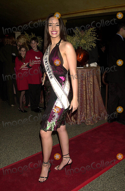 Amelia Vega Photo - Seeds of Peace Celebrity Auction at the Hammerstein Ballroom  New York City 02102004 Photo by John KrondesGlobe Photosinc Amelia Vega