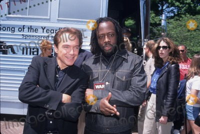 Johnny Cash Photo - Wyclef Jean David Cassidy Johnny Cash Tribute at Hammerstein Ballroom in New York 1999 K15735rm Photo by Rick Mackler-Globe Photos Inc