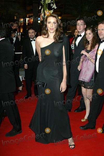 ALEXANDRA  KERRY Photo - Alexandra Kerry Premiere Kill Bill 2 Cannes Filmfest Palais Des Festivals Cannes France Mai 16 Photo Hubert Boesl 2004