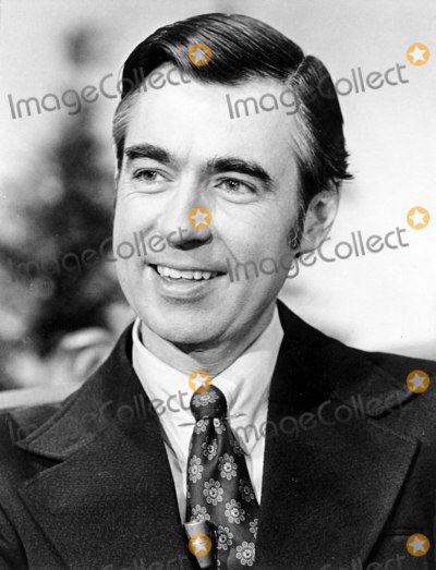 Mr Rogers Photo - Fred Rogers Mister Rogers Neighborhood Photofamily Communications Inc  Globe Photos Inc Fredrogersretro (Mr Rogers)
