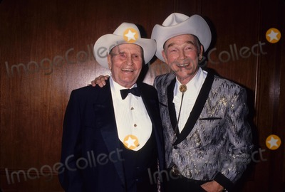 Gene Autry Photo - Roy Rogers with Gene Autry 1992 L4272 Photo by Lisa Rose-Globe Photos Inc