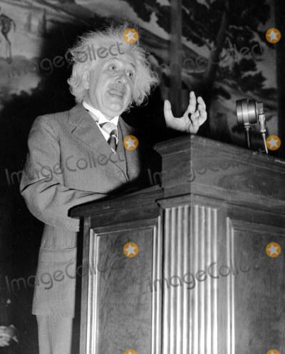 Albert Einstein Photo - Albert Einstein Globe Photosinc