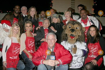 Aubrie Lemon Photo - I12463CHWJOHNNY GRANT HONORED AT THE SALVATION ARMYS ANNUAL KETTLE KICK OFF  THE ORIGINAL FARMERS MARKET LOS ANGELES CA 111907 ANGIE DICKINSON FLORENCE HENDERSON JOHNNY GRANT ARTHUR KASSEL AUBRIE LEMON PATRICIA KARA AUBRIE LEMON LOUIS GOSSETT JR FRITZ COLEMAN KELLY PERINE LA KINGS MASCOT AND LOS ANGELES COUNTY FIREFIGHTERS PHOTO CLINTON H WALLACE-PHOTOMUNDO-GLOBE PHOTOS INC
