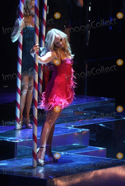 Emma Bunton Photo - the Spice Girls Performing in Concert at Madison Square Garden New York City 02-18-2008 Photo by John Barrett-Globe Photos 2008 Emma Bunton(baby Spice)