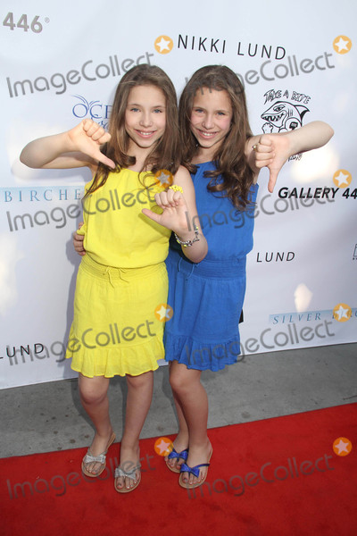 Bully Photo - Cassie Scerbo Hosts Boo2bullyings Take a Bite Out of Bullying Fall Global Campaign Launch Los Angeles Lgbt Center Los Angeles CA 07302015 Bianca Dambrosio and Chiara Dambrosio Clinton H Wallace-ipol-Globe Photos Inc