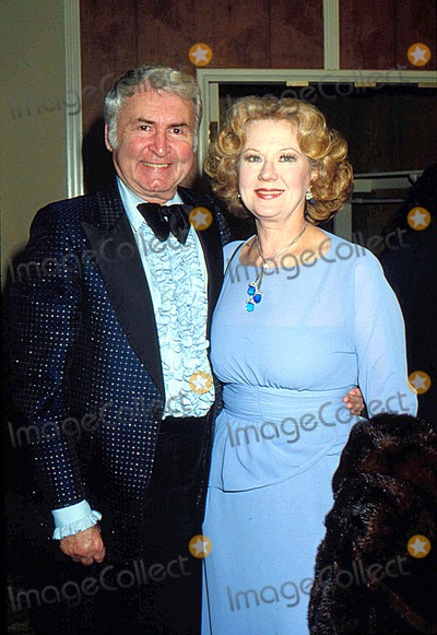 Virginia Mayo Photo - Virginia Mayo with Lee Graham 1981 11543 Photo by Phil Roach-ipol-Globe Photos Inc