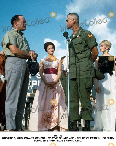 Joey Heatherton Photo - Bk175 Bob Hope Anita Bryant General Westmoreland and Joey Heatherton - Uso Show Supplied by NbcGlobe Photos Inc