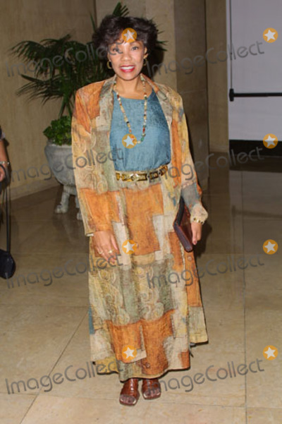 Yolanda King Photo - Spirit of Chrysalis Awards Honoring Director Brett Ratner at Beverly Hilton Hotel Beverly Hills CA Yolanda King Photo by Fitzroy Barrett  Globe Photos Inc 10-3-2001 K23008fb (D)