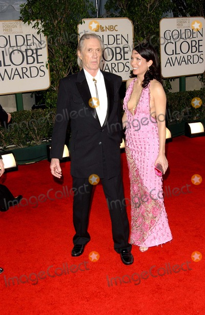 Annie Bierman Photo - 62nd  Golden Globe Awards  Arrivals at the Beverly Hilton in Los Angeles CA 1-16-2005 Photo Byfitzroy Barrett-Globe Photos Inc 2005 David Carradine and Wife Annie Bierman